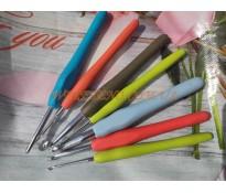 Крючки для вязания с силиконовой ручкой